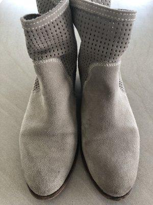 Tamaris Korte laarzen lichtgrijs-licht beige