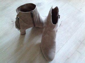 Tamaris Zipper Booties grey brown suede