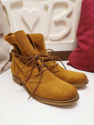 Tamaris Lace-up Booties sand brown-gold orange