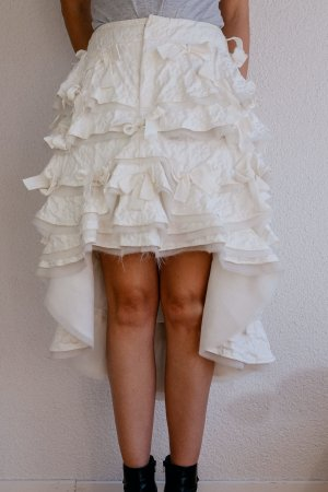 Tao Comme de Garcons Couture Rock *neu, ungetragen* Weiß Stufen Falten vorne kurz hinten lang Gr M 38