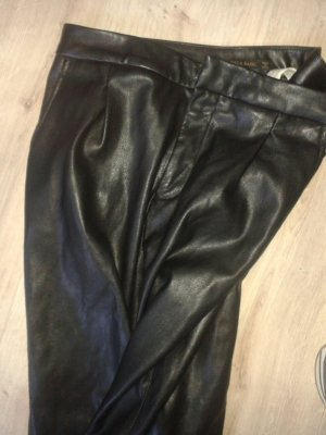 Tapered Hose Schwarz Leder Optik Zara Gr. XS  Boyfriend Look
