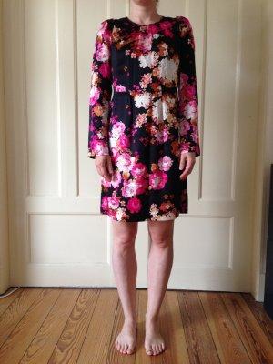Tara Jarmon, schwarzes Seidenkleid mit beige-rosa Blumenmuster