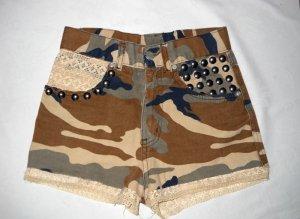 Tarn Nieten Hot Pants Camouflage Shorts kurze Hose Hotpants 32 34 XS S