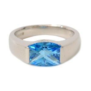 Tasaki Blue Topaz Diamond Ring