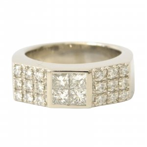 Tasaki Diamond Ring