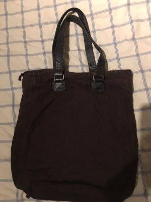 Tasche aus Materialmix Canvas und Leder