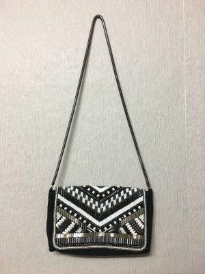 Tasche/Clutch mit Perlen und Schmucksteinen