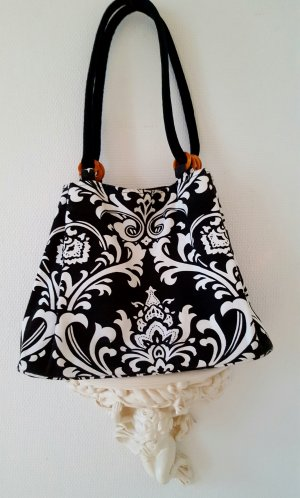 One Touch Canvas Bag white-black