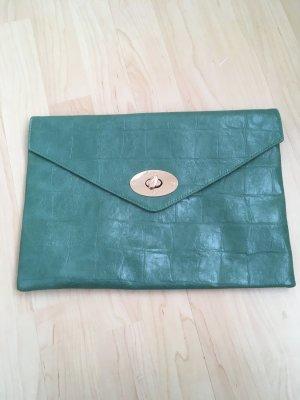 Tasche grün mit goldenem Verschluss
