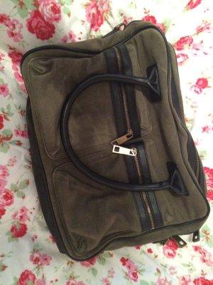 Tasche in Kakhi für Schule oder zum Shoppen mit Laptopfach