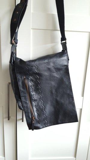 Tasche in schlichtem Design