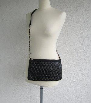Tasche in schwarz Gesteppt / Umhängetasche / Clutch Mango