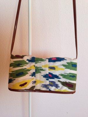 Tasche mit Ethno-Muster