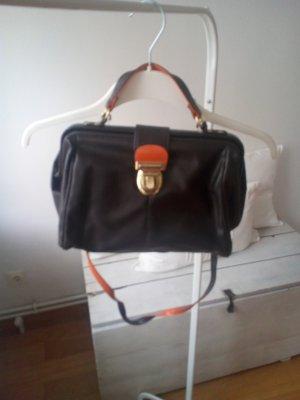 Tasche mit Henkel Goldschnalle