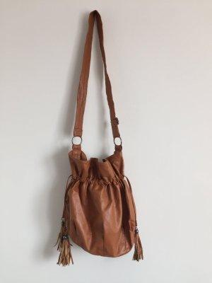 Tasche mit Seitenfransen