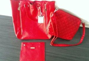 Tasche NEU in rot von Hallhuber