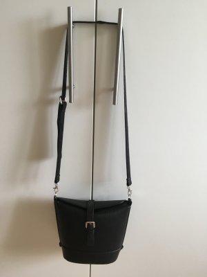 Tasche und Rucksack in einem, schwarz