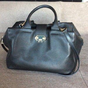 Tasche von Armani mit Goldapplikationen