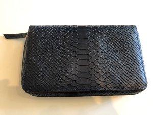 Lili Radu Clutch dark blue leather