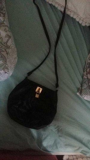 Tasche von Primark schwarz-gold