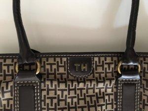 Tasche von Tommy Hilfiger in Brauntönen