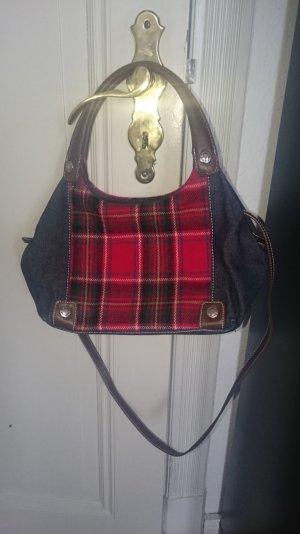Tasche von Tommy Hilfiger mit abnehmbaren Riemen