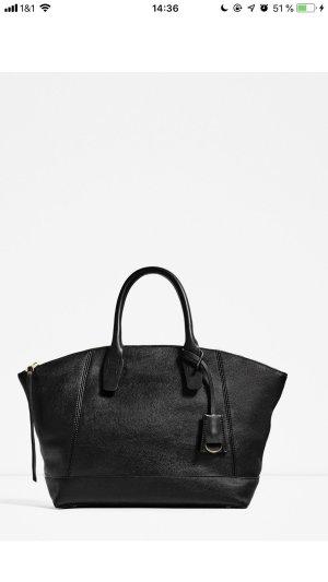 Zara Bolsa de hombro negro