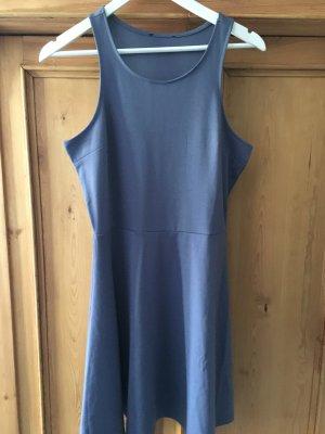Taubenblaues Kleid in Gr. M von H&M
