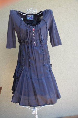taubenblaues Sommerkleid