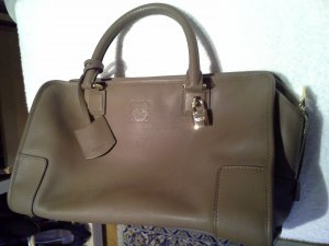 Loewe Carry Bag sand brown leather
