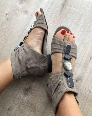 Marco Tozzi Romeinse sandalen taupe