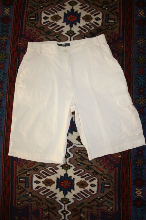 Tchibo TCM kurze Hose / Sommerhose / beige / Gr. 38 / Bermudas