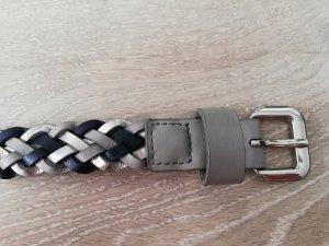 Tchibo/TCM süßer Flechtgürtel aus Leder blau/grau/silber 100 cm
