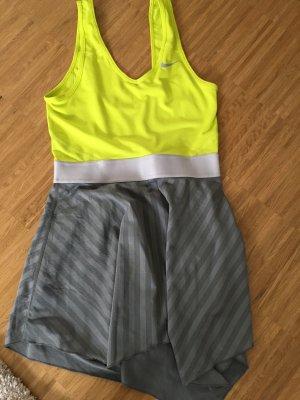 Tenniskleid von Nike, grau-geld