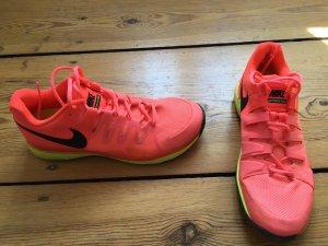 Tennisschuh von Nike