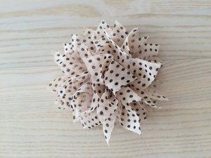 textile Blumenbrosche | Unbekannt