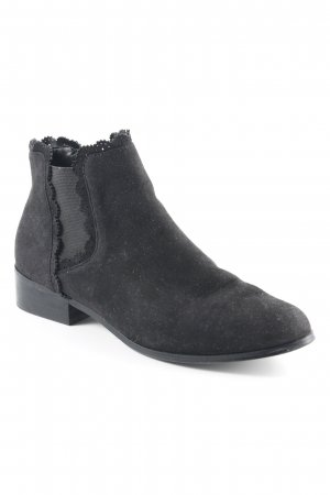 The Divine Factory Chelsea Boots black casual look