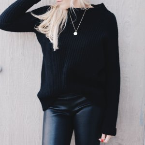 (The Mercer) NY Long Sweater black classic style