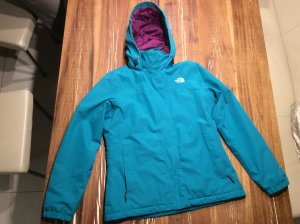 The North Face HyVent gepolsterte Regendichte Outdoor Jacke