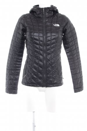The North Face Kapuzenjacke schwarz Steppmuster sportlicher Stil