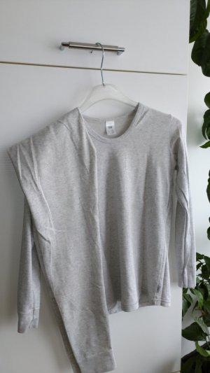 Braguita blanco-gris claro