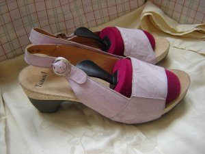 Think! Sandalias cómodas negro-rosa claro Cuero