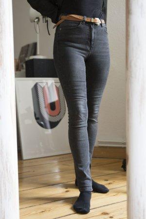 Thursday Jeans in grau von Weekday