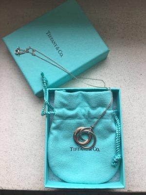 Tiffany 1837® Anhänger aus verschlungenen Ringen