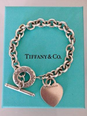 Tiffany&Co Armband mit Herzanhänger und Knebelverschluss