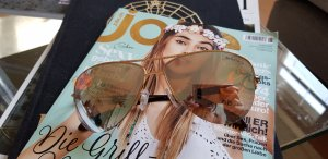 Tiffany & Co. gold Semi Rim Key Aviator Festival coachella