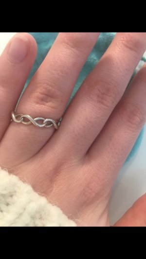 Tiffany&Co Infinity Ring
