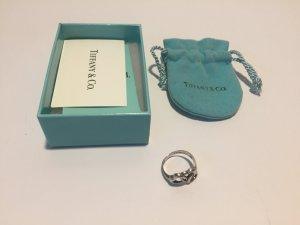 Tiffany & Co Ring mit verschlungenen Herzen