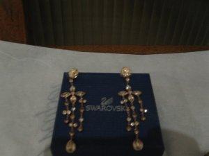 Tiffany Style, wunderschöne Roségoldene Swarovski Ohrringe für spezielle Anlässe