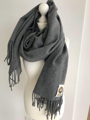 752679c141a7bf Schals günstig kaufen | Second Hand | Mädchenflohmarkt